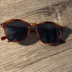 Super Cute Cole Haan Tortoise Sunglasses Gray Lens